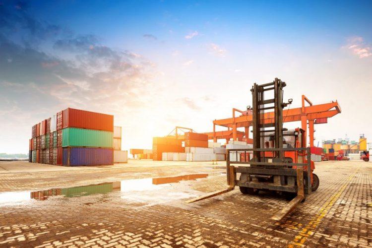 Por qué contratar servicios directos de grupaje marítimo