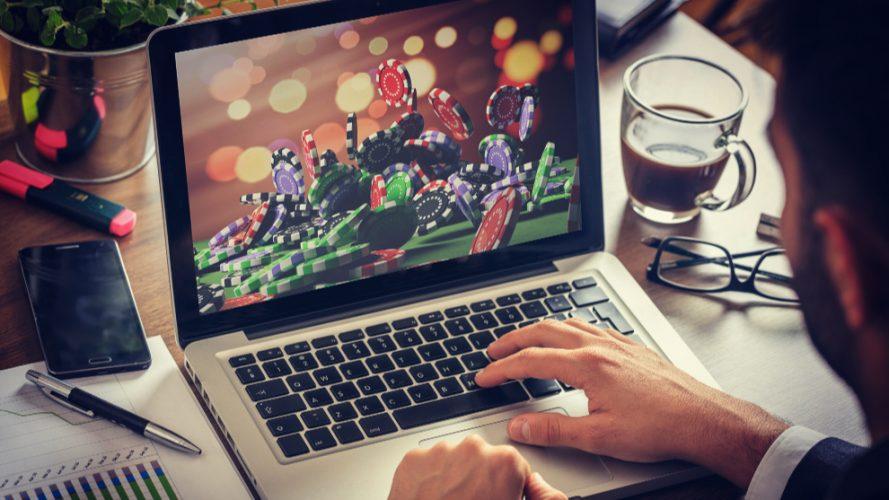 ¿Por qué son importantes los bonos de un juego online?